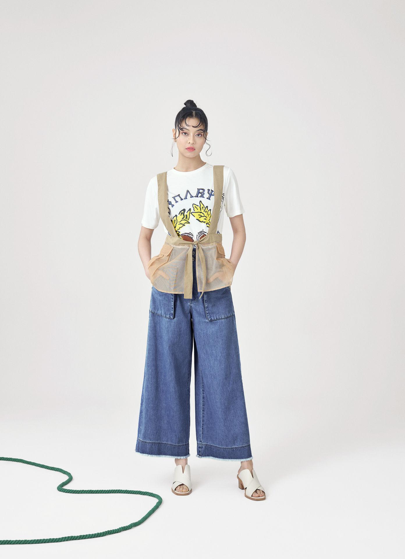 woman summer20 001 06